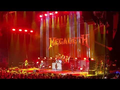 Megadeth - Dread in the Fugitive Mind (Live)