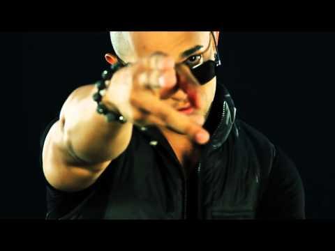 JP El Sinico Ft  Farruko, Falsetto   Sammy   Loco Con Ella Remix Official Video   YouTube