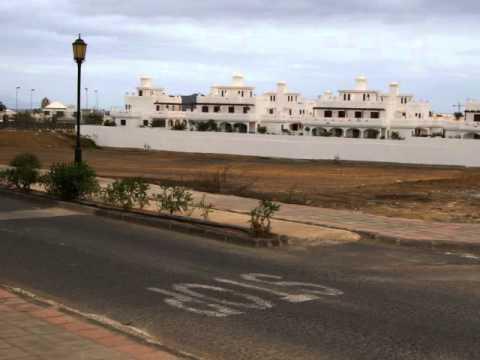 Fuertaventura Hotel Oasis Village En Omgeving In Corralejo.wmv
