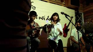 Vẫn hát lời tình yêu - Acoustic cover - Phạm Khánh Huyền & Tiến Chip guitarist