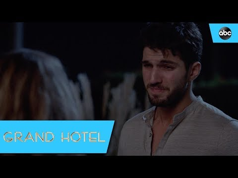 Javi Gets Lost In The Balcony Accident - Grand Hotel