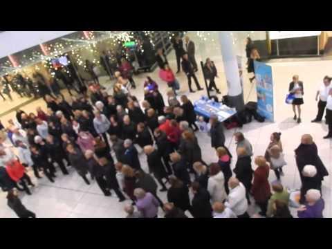 Glasgow Rock Choir  - Flash Mob Buchanan Galleries 2015