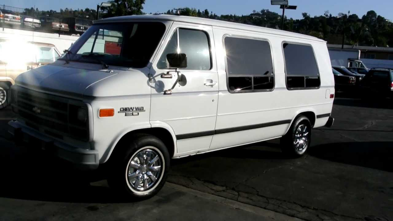 1 Owner Chevy G20 Conversion Van Camper RV 96k Mi 5.7 350 - YouTube