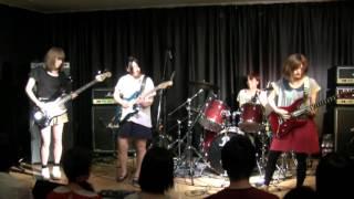 "I played ""Technical Difficulties""and ""Waves"" on 2012/8/5 @Kyoto. Band Member: Guitar:Miki Kato(Suhr Standard/Modern guitar) Guitar:Miyuki Yagi(Fender Strat) ..."