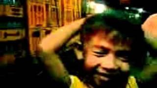 FlipTop ( Salonga Version ) Jelo A.K.A kambal sa UMA Vs. Ricky ( Busabos )