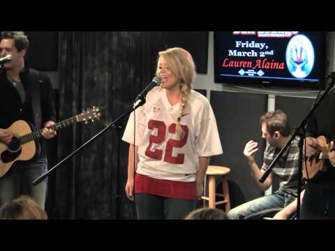Lauren Alaina - Funny Thing About Love mp3