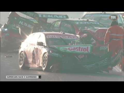 Massive crash red flags Race 3 in Tasmania