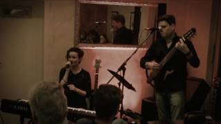 Amoi seg ma uns wieda - COVER - Katrin Schweiger LIVE (feat. Oliver Thedieck)
