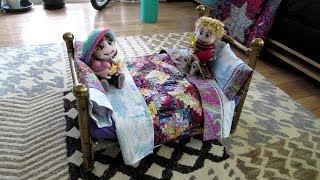 SewLuvli - Show & Share - Kiddles Doll Bed, Linens & Miniature Quilt