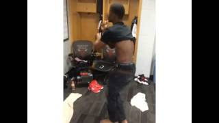 "Chicago Bulls Jimmy Butler Dancing To Taylor Swift ""22"" Song"
