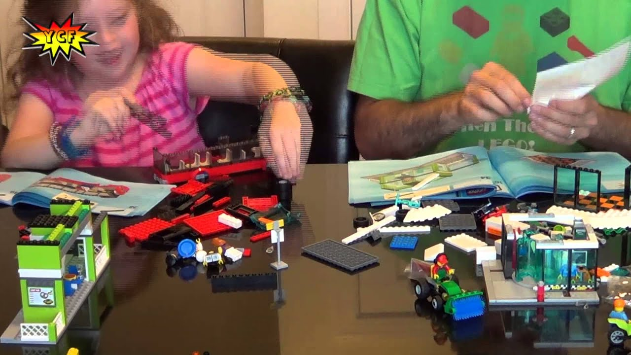 LEGO CITY Town Square Time-Lapse Build - LEGO 60026 Speed Build