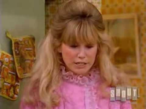 Mary Hartman, Mary Hartman (4/4) Loretta Makes Charlie Breakfast (1976)