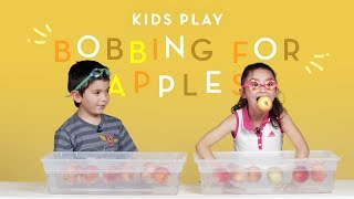 Kids Play Bobbing for Apples | Kids Play | HiHo Kids