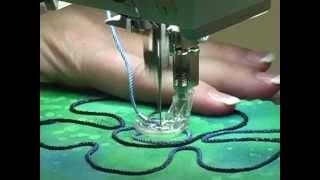 34) Pieds-de-biche BERNINA - Pied pour la couture de cordons n°43