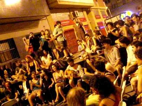 Sevillanas en la calle en Poble Sec Barcelona by Sun Radio Ibiza TV