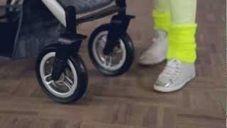 Mutsy TRANSPORTER : unlocking the swivel wheels