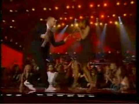 Robyn Troup and Justin Timberlake perform at the Grammy