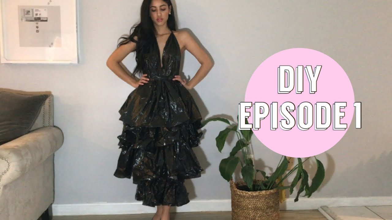 I MADE A DRESS OUT OF TRASH BAGS! (Inspired by Amber Scholl)