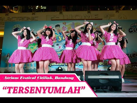 Teenebelle - Tersenyumlah [LIVE] At Atrium Festival Citilink, Bandung