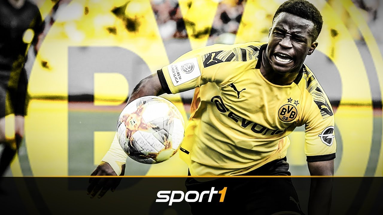 Dortmund bindet Supertalent Moukoko langfristig | SPORT1 - TRANSFERMARKT