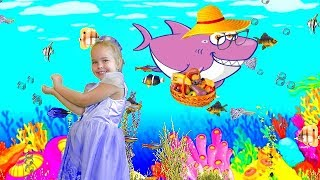 Baby Shark Dance | Sing and Dance! | Animal Songs | Sweet Emily Songs for Children