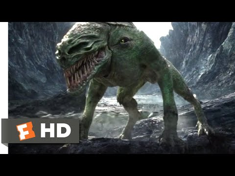 The Great Wall (2017) - The First Attack Scene (1/10) | Movieclips
