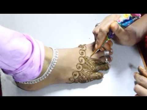 by ethnico-Arabic mehndi designs for feet