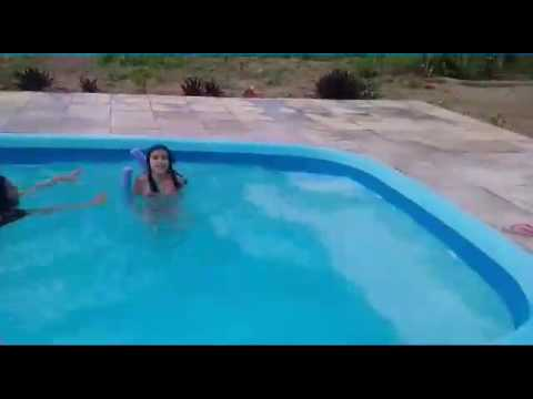Vlog na piscina com minhas amigas youtube for Vlog in piscina