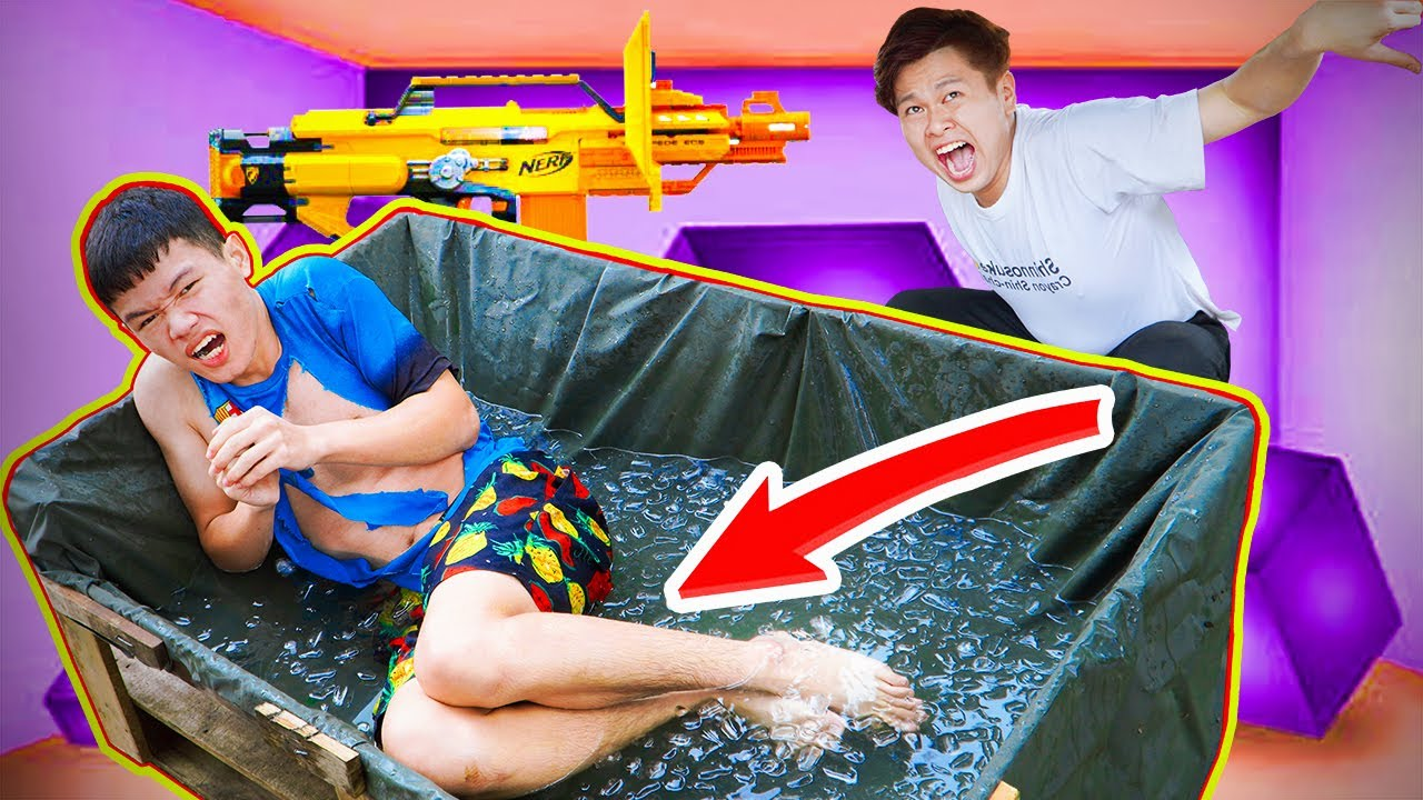 Battle Nerf War Escape From The Ice Bath  NERF MOD & Two Idiots nerf guns SQUID GAME