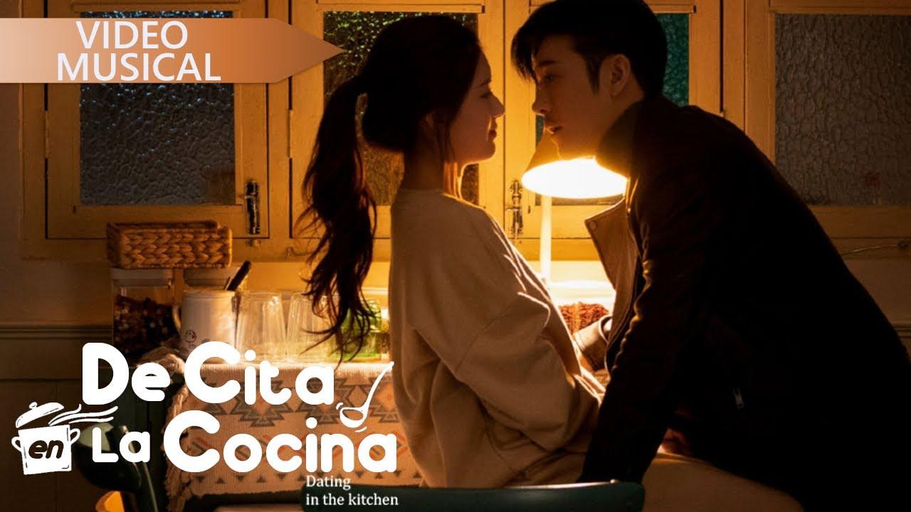 "De Cita en la Cocina ♥ OST ""Me gustas"" 《我 喜欢你》(Dating in the kitchen MV)  Zhao Lu Si"