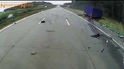 LKW-Crash auf Autobahn live auf Dash-Cam