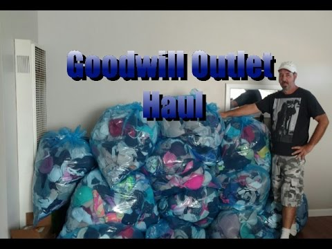 Bin Pickers Goodwill Outlet Haul Women S Stuff More Bras Youtube