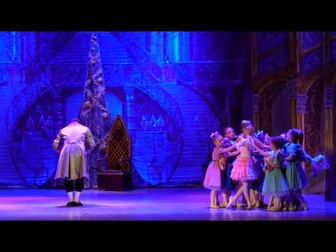 """Детский балет """"Щелкунчик"""". Щелкунчик и Мэри"""