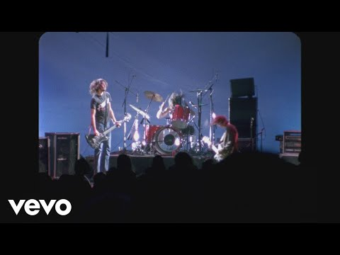 Nirvana - School (Live At The Paramount, Seattle / 1991)