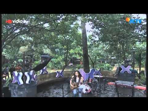 Sheryl Sheinafia feat Ariel 'Noah' - Kutunggu Kau Putus
