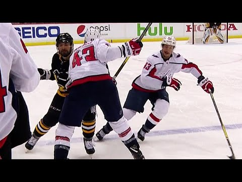 Wilson bloodies Aston-Reese with high hit to head