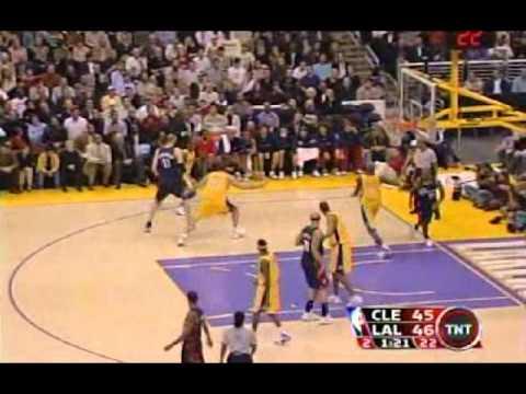Zydrunas Ilgauskas (29pts) vs. Lakers (2006)