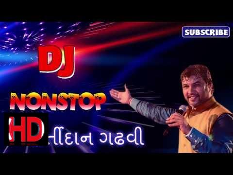 DJ Nonstop Stop Gujarati Garba Kirtidan Gadhvi 2017 || New year NonStop 2017 [Vivu] ✔