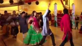 Download Hindi Video Songs - ATUL PUROHIT GARBA IN IRELAND 05 - 2014