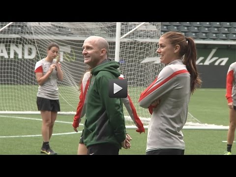 Alex Morgan, Tobin Heath | Thorns FC Training | Apr. 9, 2015