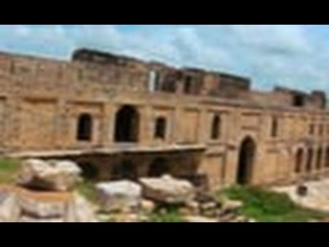 Temple ruins in Padavali