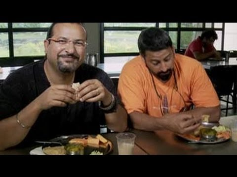 Rocky and Mayur visit IIM Calcutta