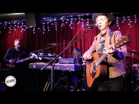 """Beck performing """"Blue Moon"""" Live on KCRW"""
