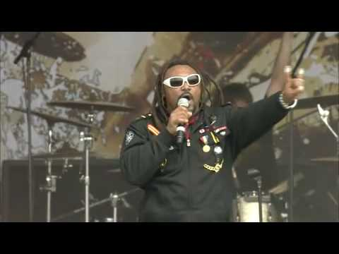 Skindred-Trouble (Live at Sonisphere Knebworth)