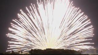 長岡花火2016、三尺玉を八発集録・(二日間の正三尺玉)4ch録音・5.1chサラウンド【高音質・ヘッドホン可】This is Japanese fireworks