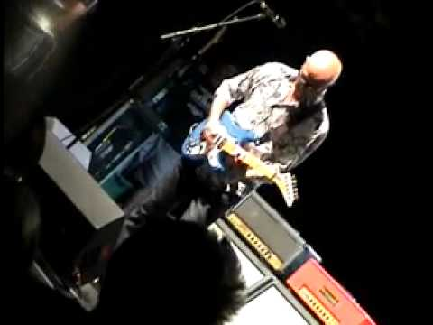 Kim Mitchell - Rock And Roll Duty (Sound Academy 2011-08-12)
