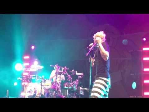 Blink-182 Always Pensacola FL 2017