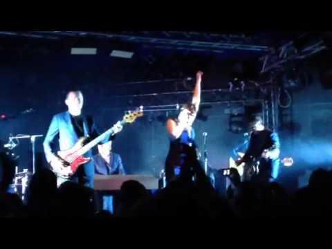 Hooverphonic- Amalfi - LIVE @ateliers 30/04/14