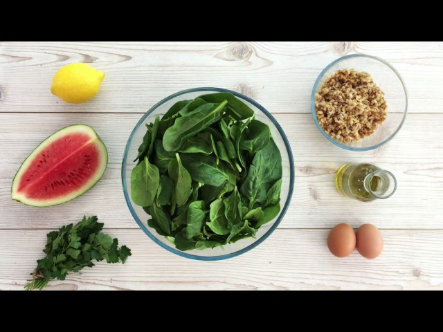 Video on Creating a Spinach Salad