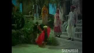 Guide Snake Dance - Waheeda Rehman - Dev Anand -  S.D. Burman